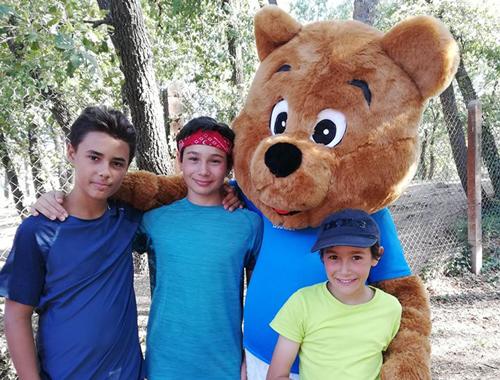 enfants avec arcours avec activites sports loisirs nature