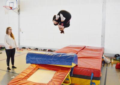 saut stagiaire gymnastique sportive